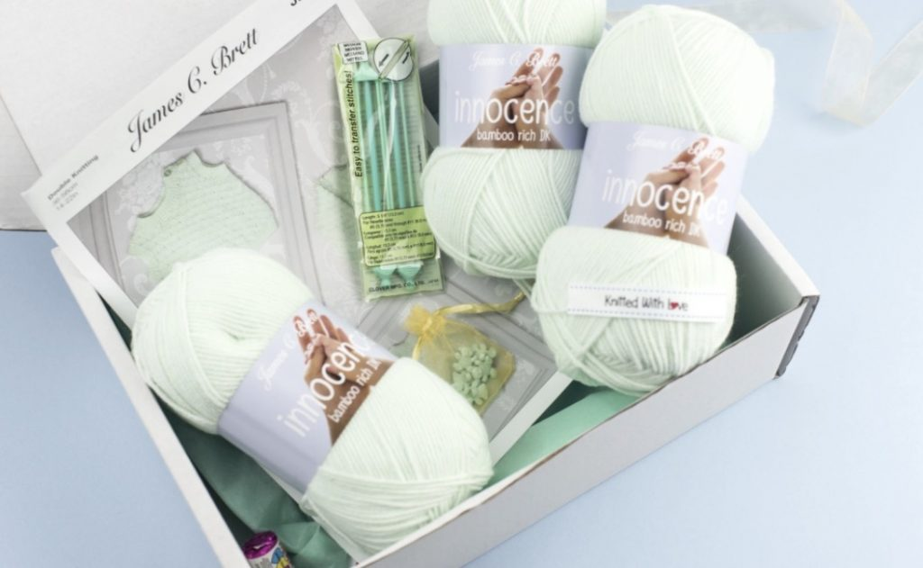 baby knit in a box tricot